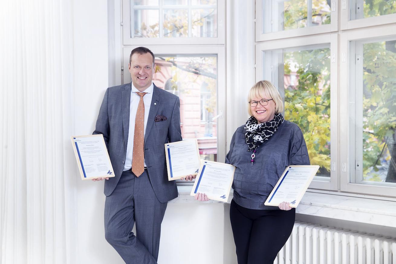 Mikko Piitulaisella ja Päivi Kuhasella on AKA-arvioijan tutkinto.